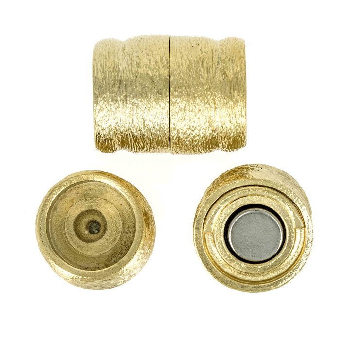 Magnetic clasp , for gluing in pearls or other. Internal diameter 15mm - depth 7mm
